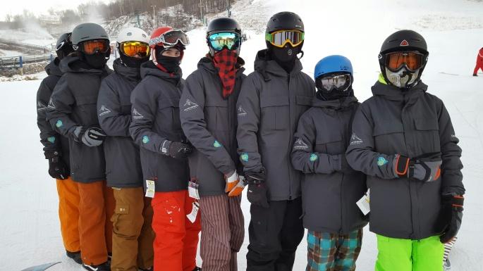 Milton Heights Snowboard Team (2)